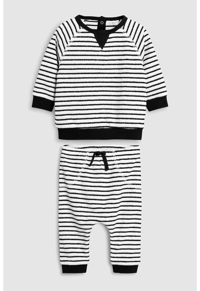 Set de bluza si pantaloni sport cu model in dungi
