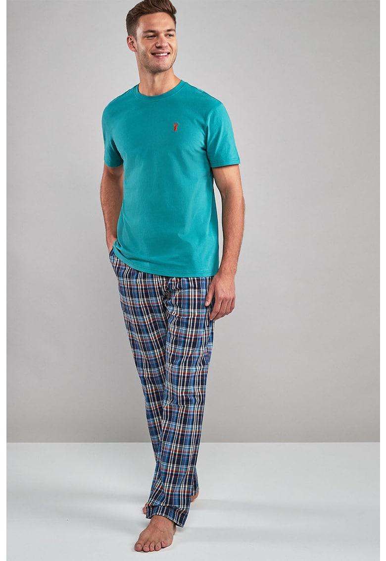 Pijama cu model in carouri