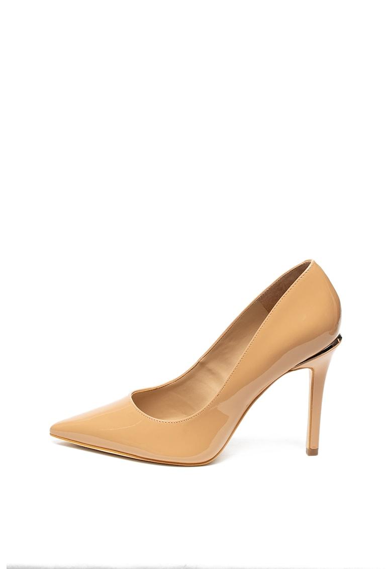 Pantofi stiletto de piele ecologica cu varf ascutit si aspect lacuit