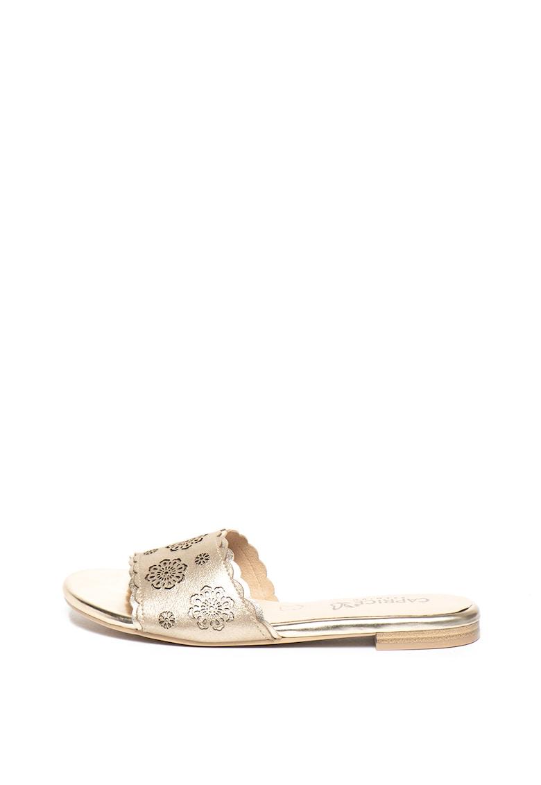 Papuci de piele intoarsa cu perforatii
