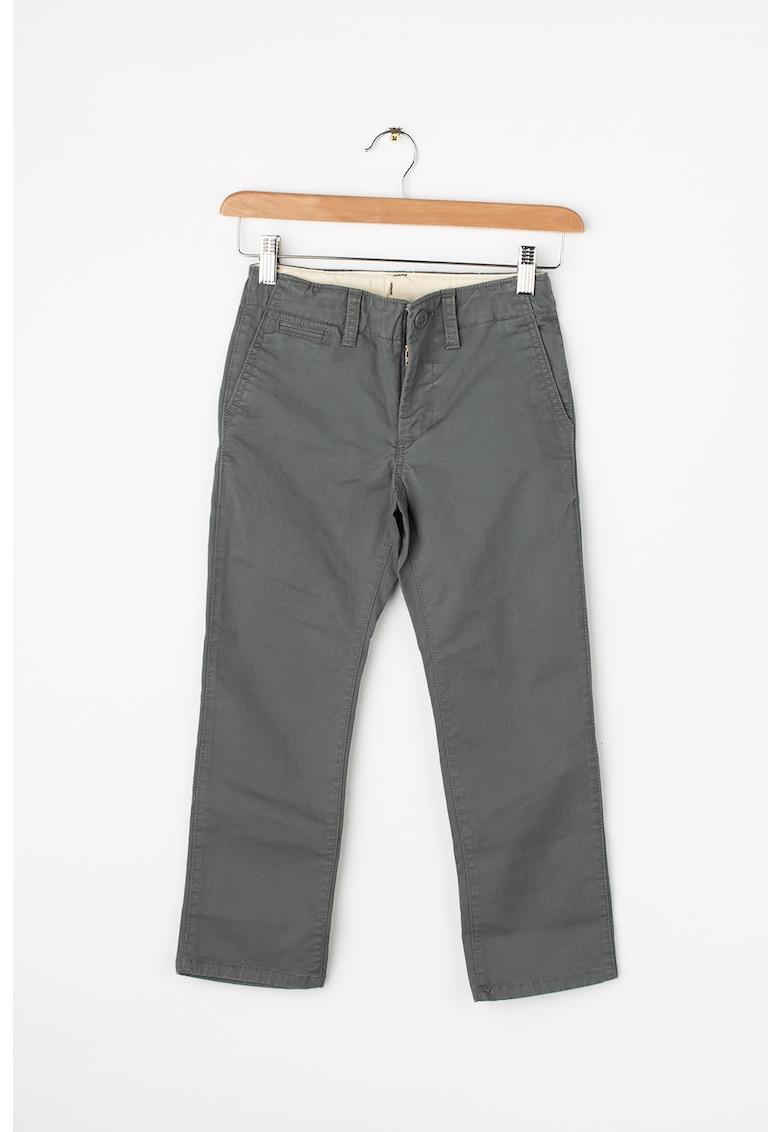 000234818 Pantaloni chino cu buzunare oblice imagine fashiondays.ro GAP