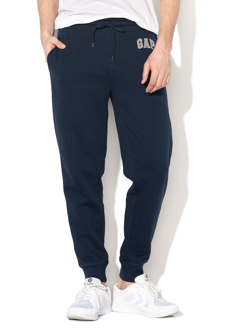Pantaloni sport cu snur pentru ajustare 3 de la GAP