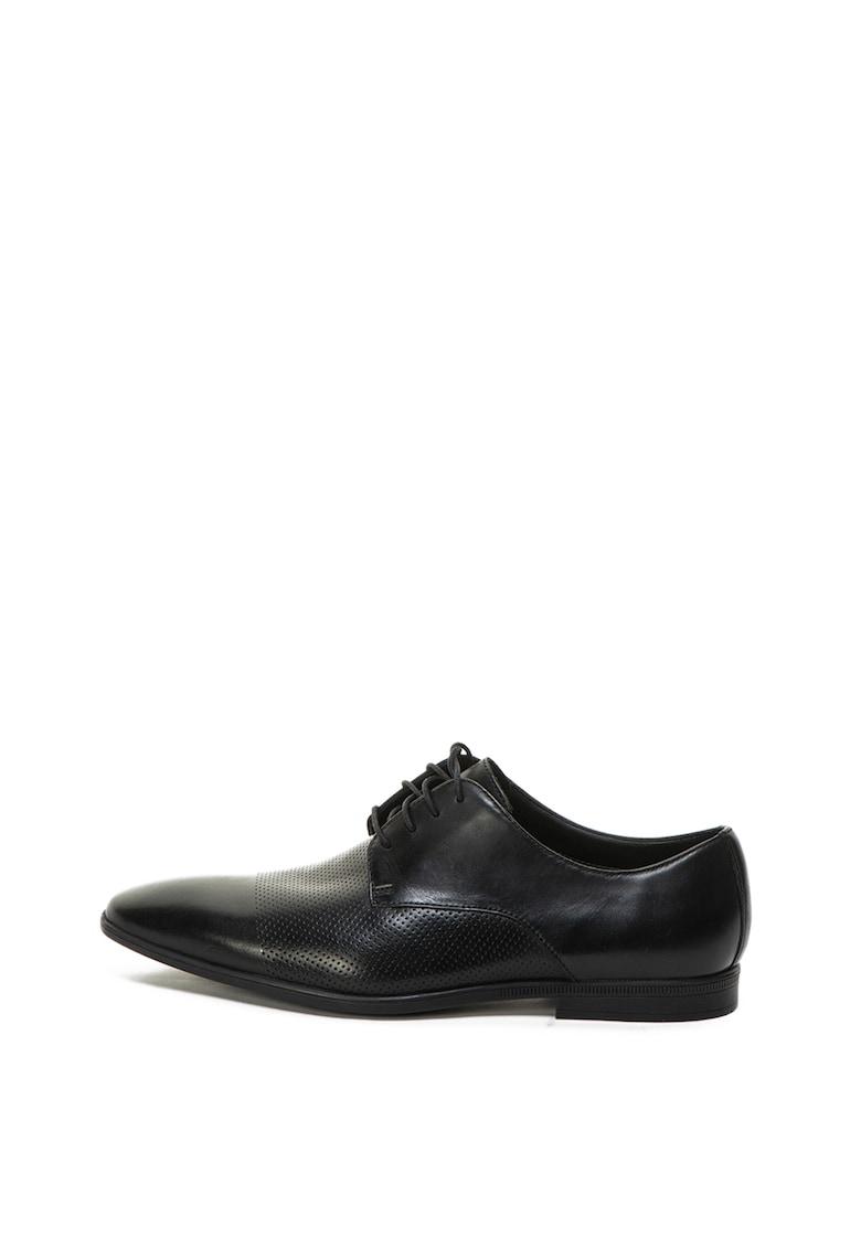 Pantofi de piele cu varf alungit Bampton de la Clarks