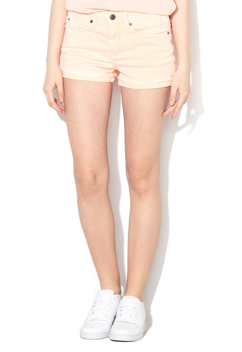 Pantaloni scurti de denim - cu terminatii franjurate de la ONeill