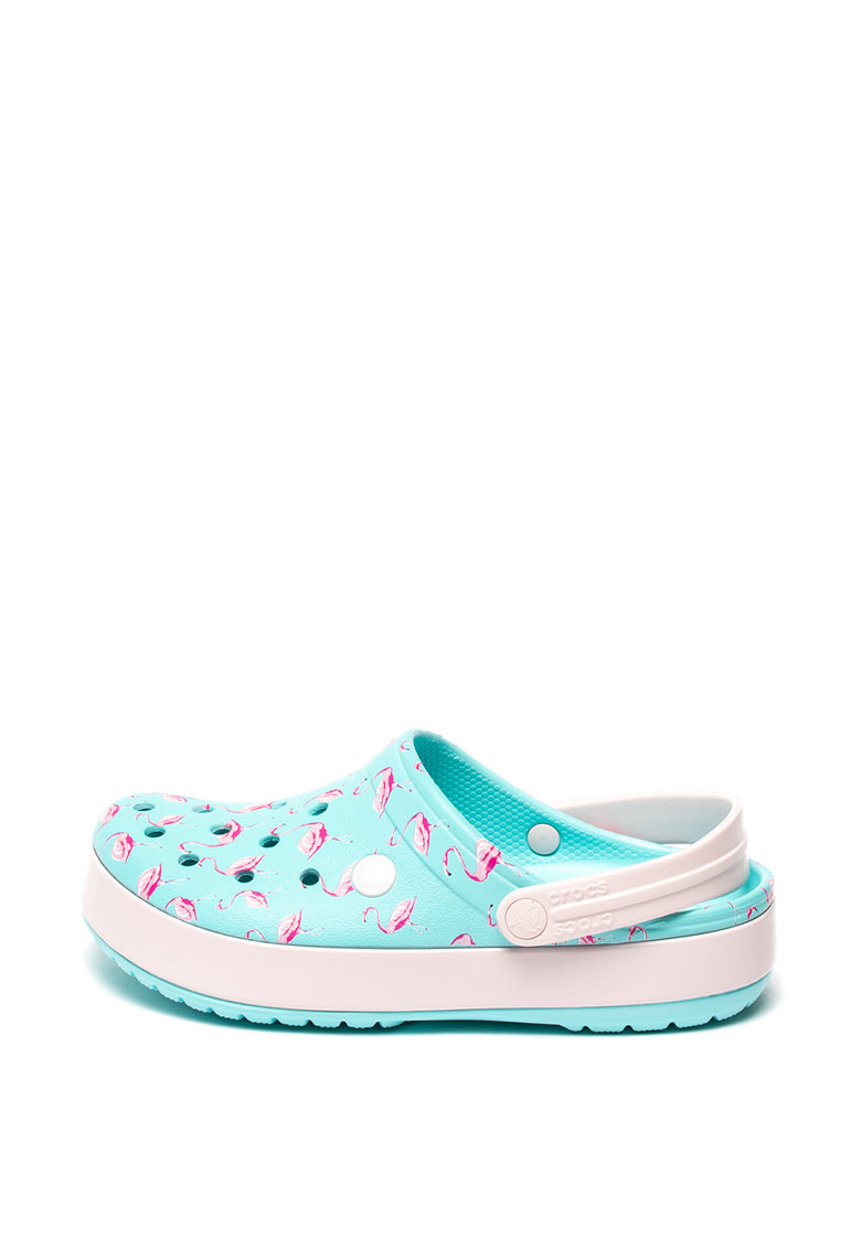 Saboti relaxed fit cu bareta slingback si model flamingo de la Crocs