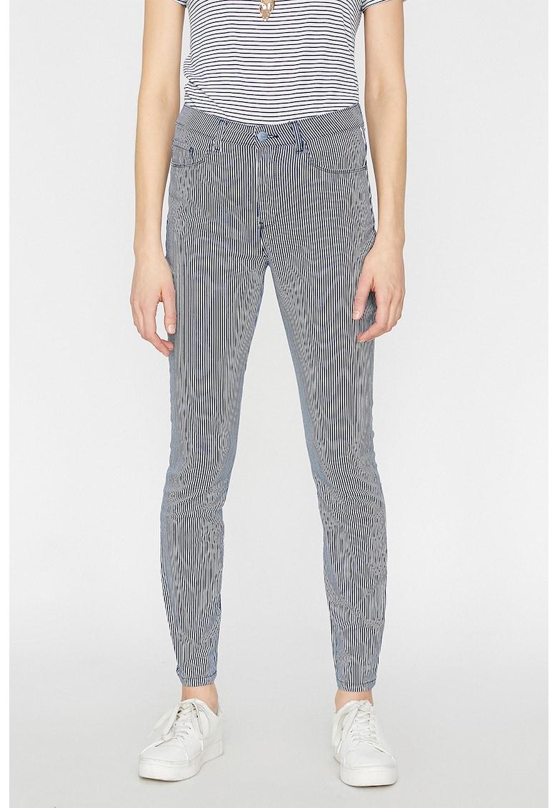Pantaloni slim fit cu dungi