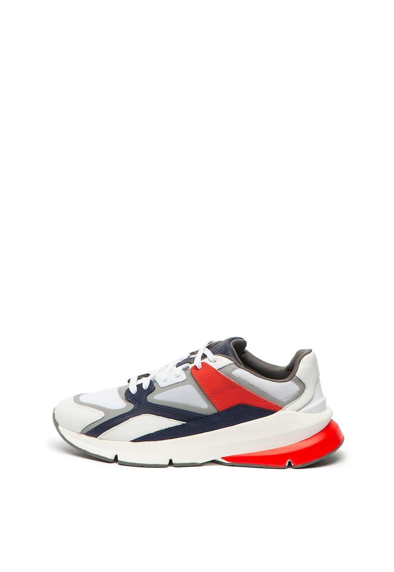 Pantofi sport cu insertii din piele intoarsa 3