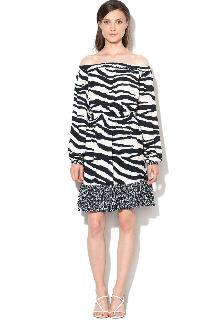 Rochie cu decolteu pe umeri si imprimeu zebra