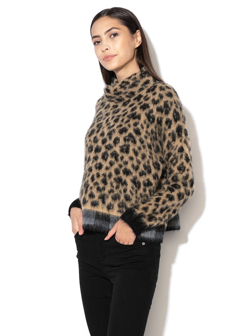 Pulover din amestec de lana - cu animal print