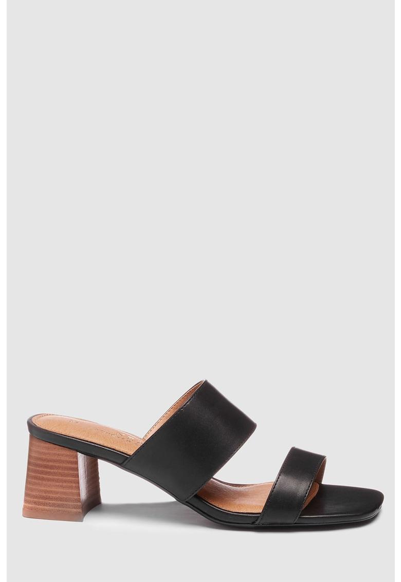 Papuci de piele ecologica cu toc masiv