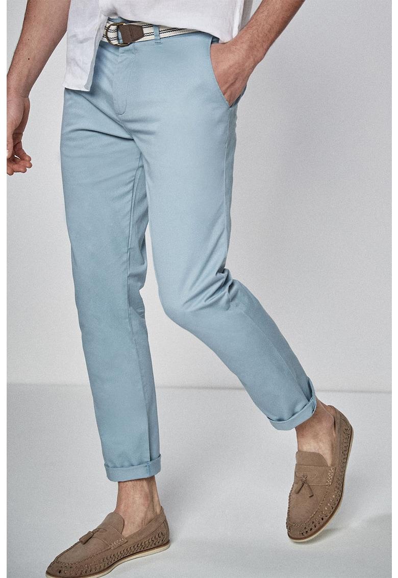 Pantaloni slim fit cu o curea NEXT