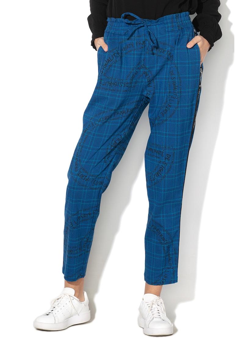 Pantaloni texturati cu model in carouri si snur pentru ajustare Tunic