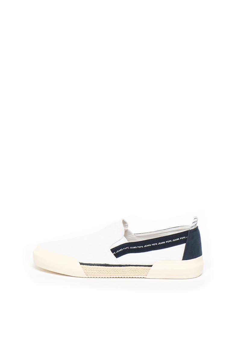 Pantofi sport de piele si material textil 3