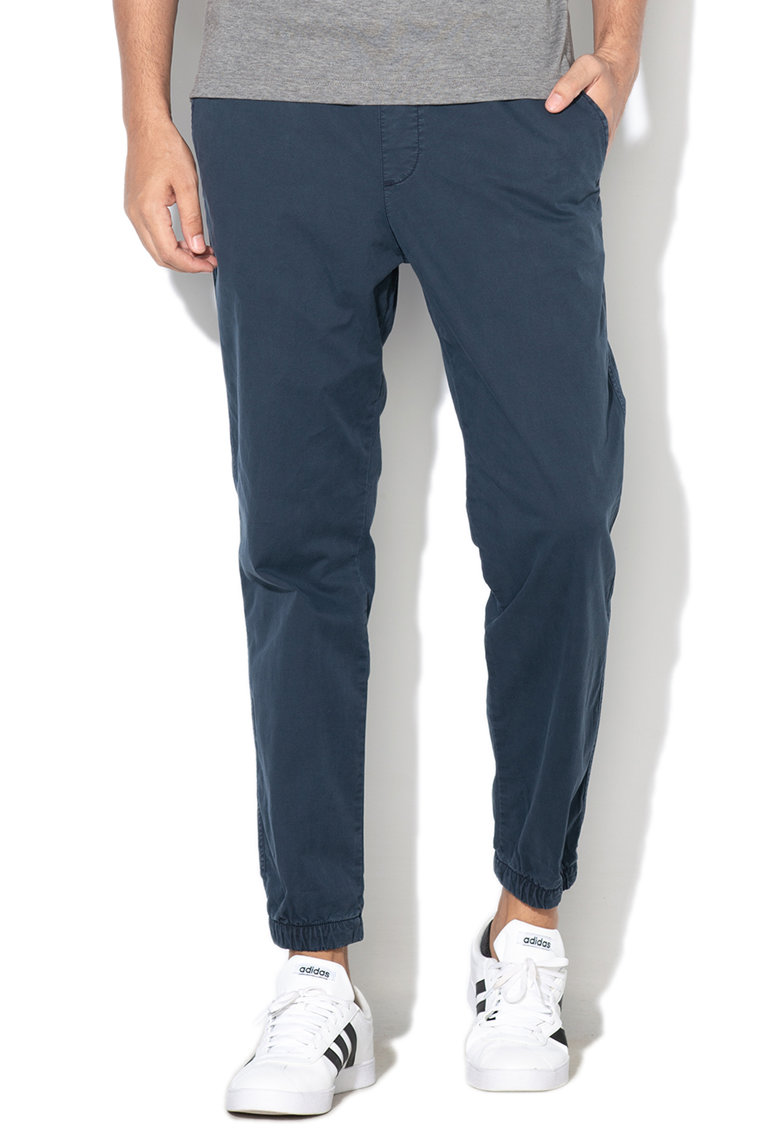 Pantaloni jogger slim fit de panza cu GapFlex imagine fashiondays.ro