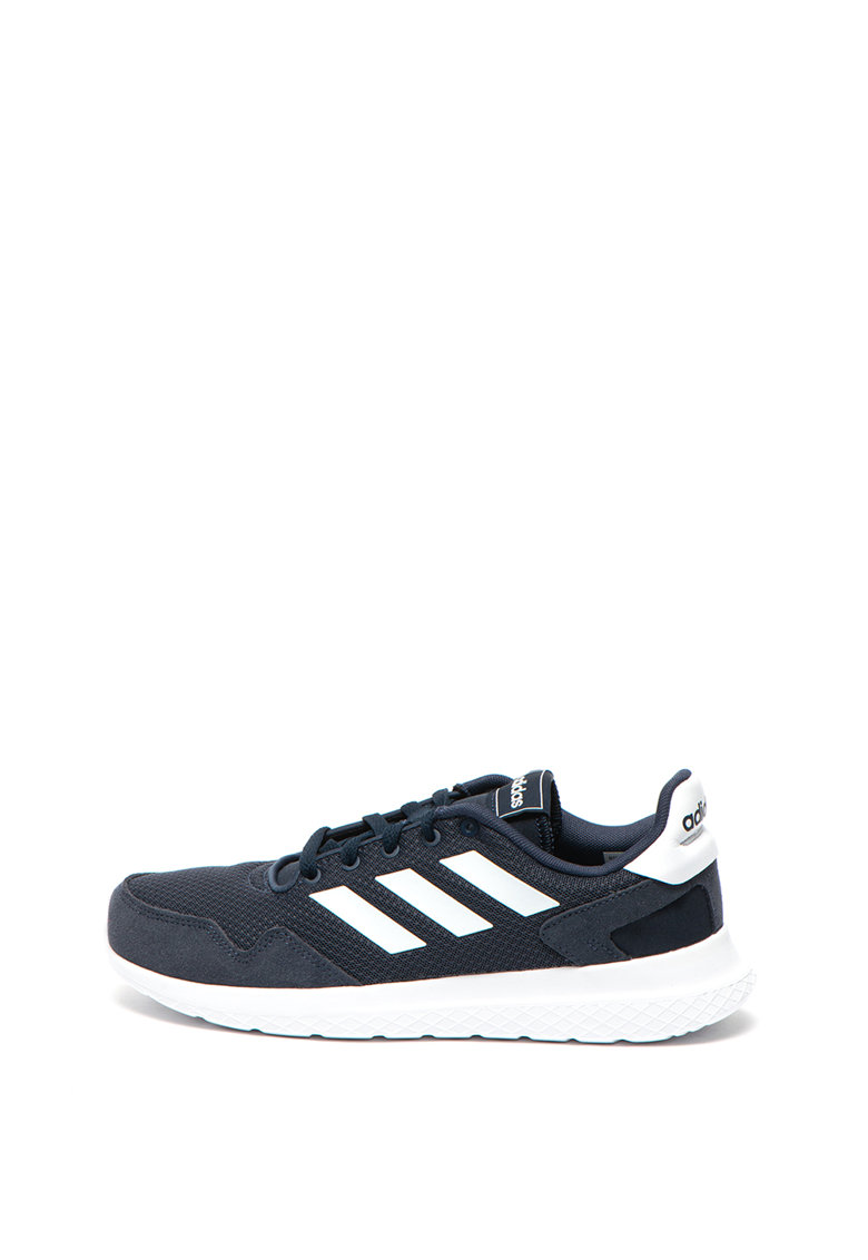 Pantofi sport de plasa Archivo imagine