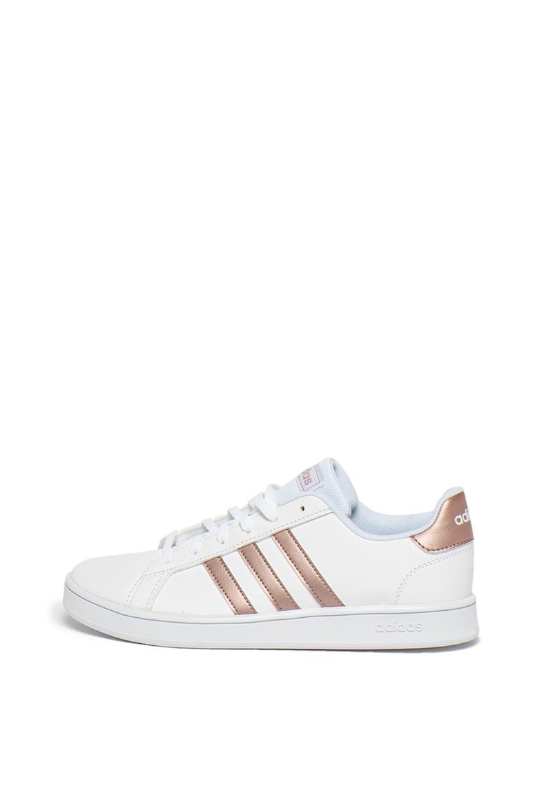 Pantofi sport de piele ecologica - cu dungi contrastante Grand Court K