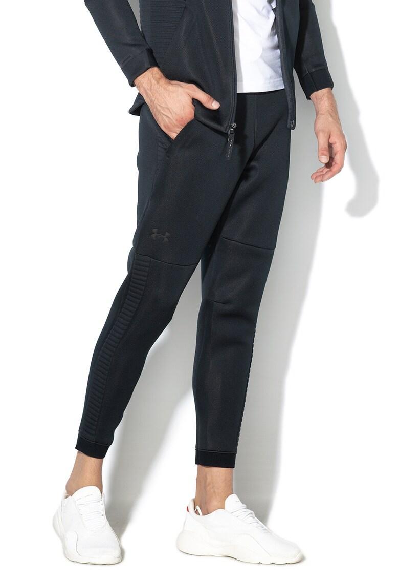 Pantaloni sport elastici cu snur - pentru fitness. Under Armour fashiondays.ro
