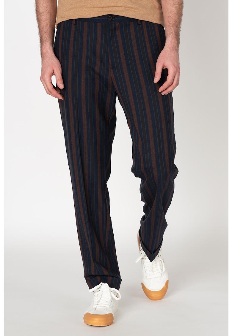 Pantaloni din amestec de lana - cu model in dungi