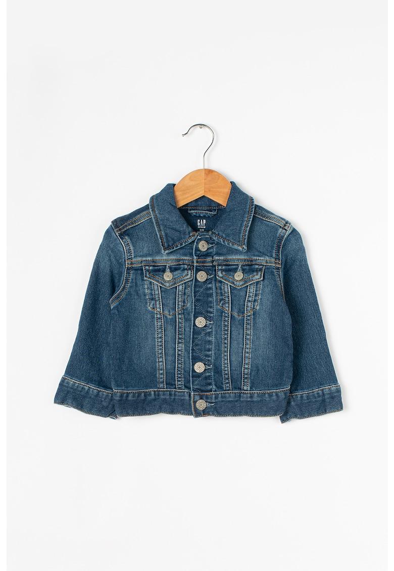 Jacheta din denim cu nasturi de la GAP