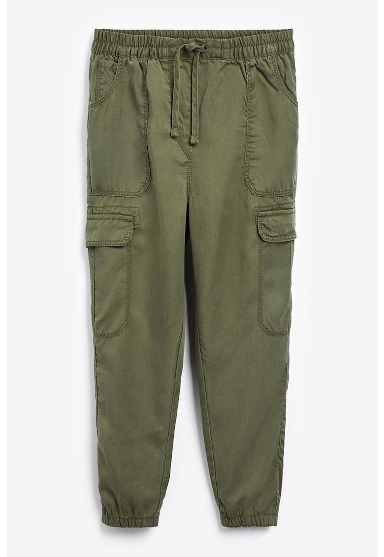 Pantaloni cargo din lyocell cu snur in talie de la NEXT