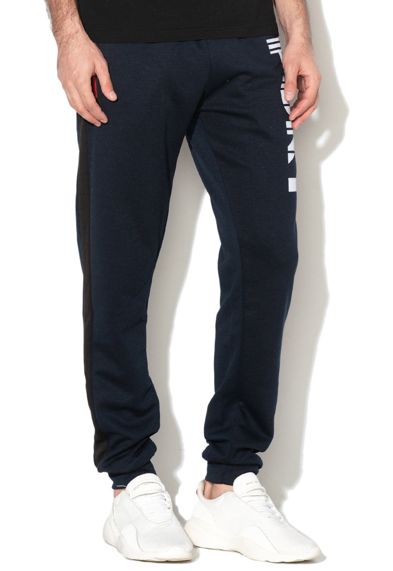 Pantaloni sport cu aplicatii cauciucate Muniort