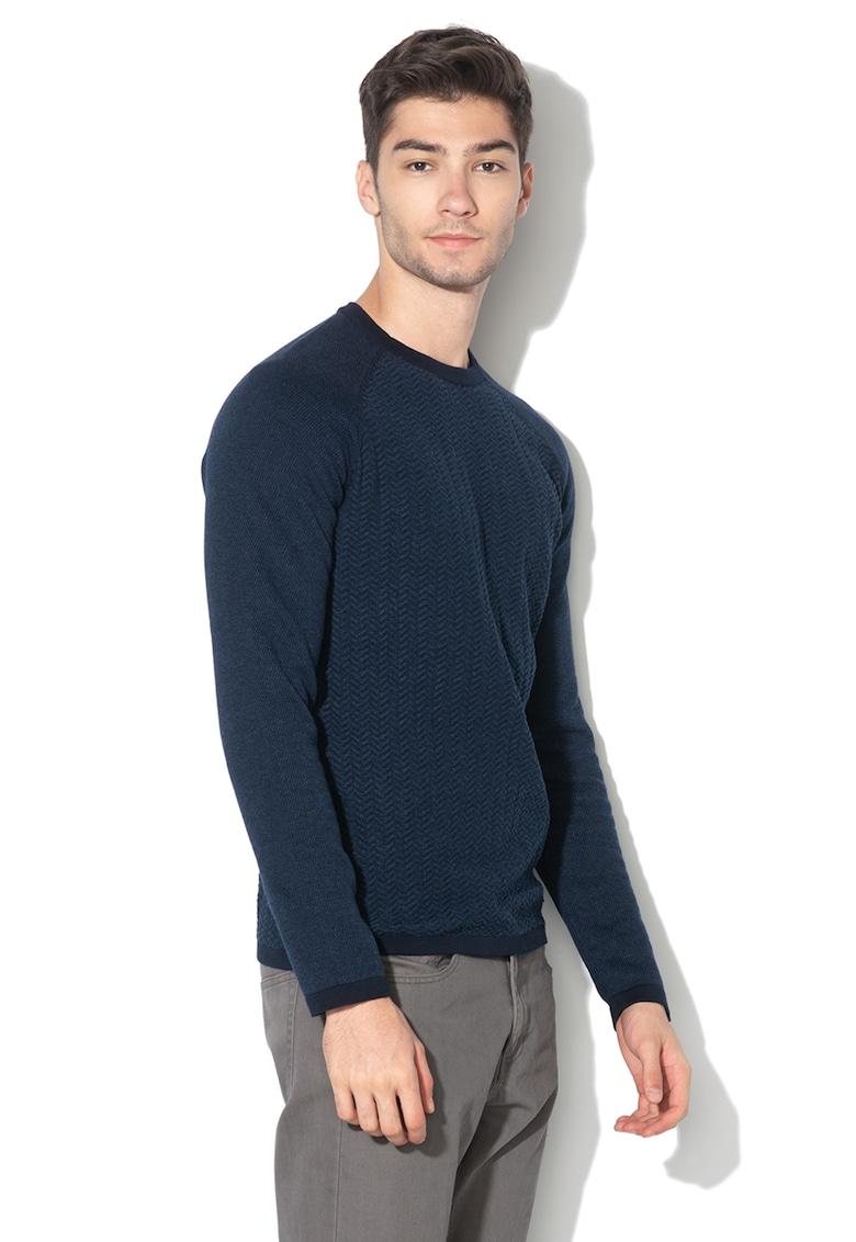 Pulover tricotat cu aspect striat