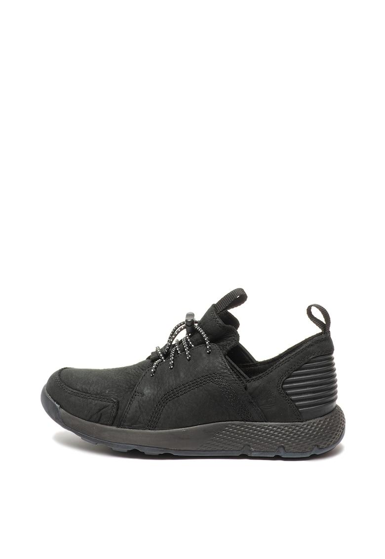 Pantofi sport slip-on din piele nabuc si material textil Flyroam de la Timberland