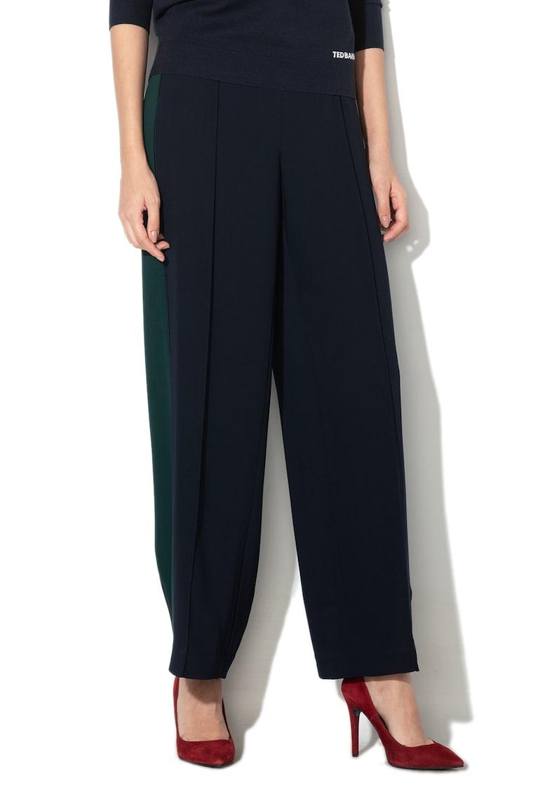 Pantaloni lejeri cu croiala ampla si segmente contrastante Clarpa