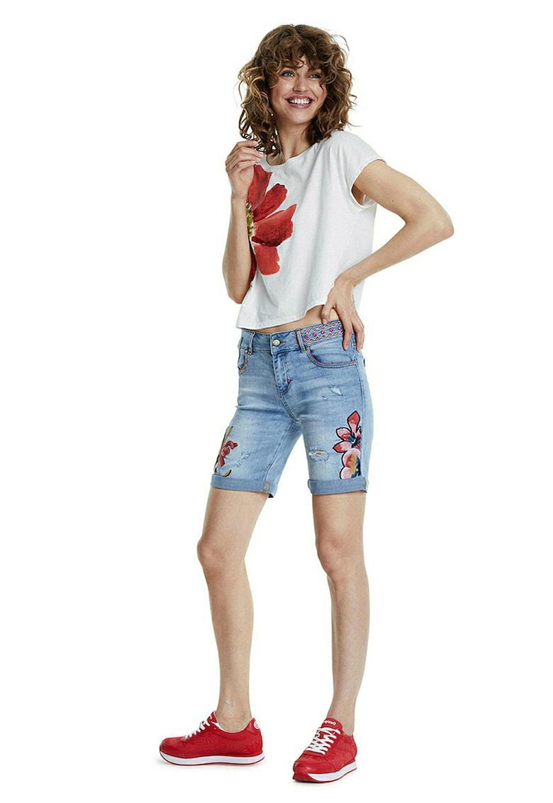 Pantaloni scurti de denim cu model floral si paiete