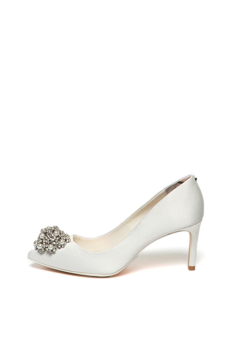 Pantofi cu strasuri si aplicatii de margele Darlils