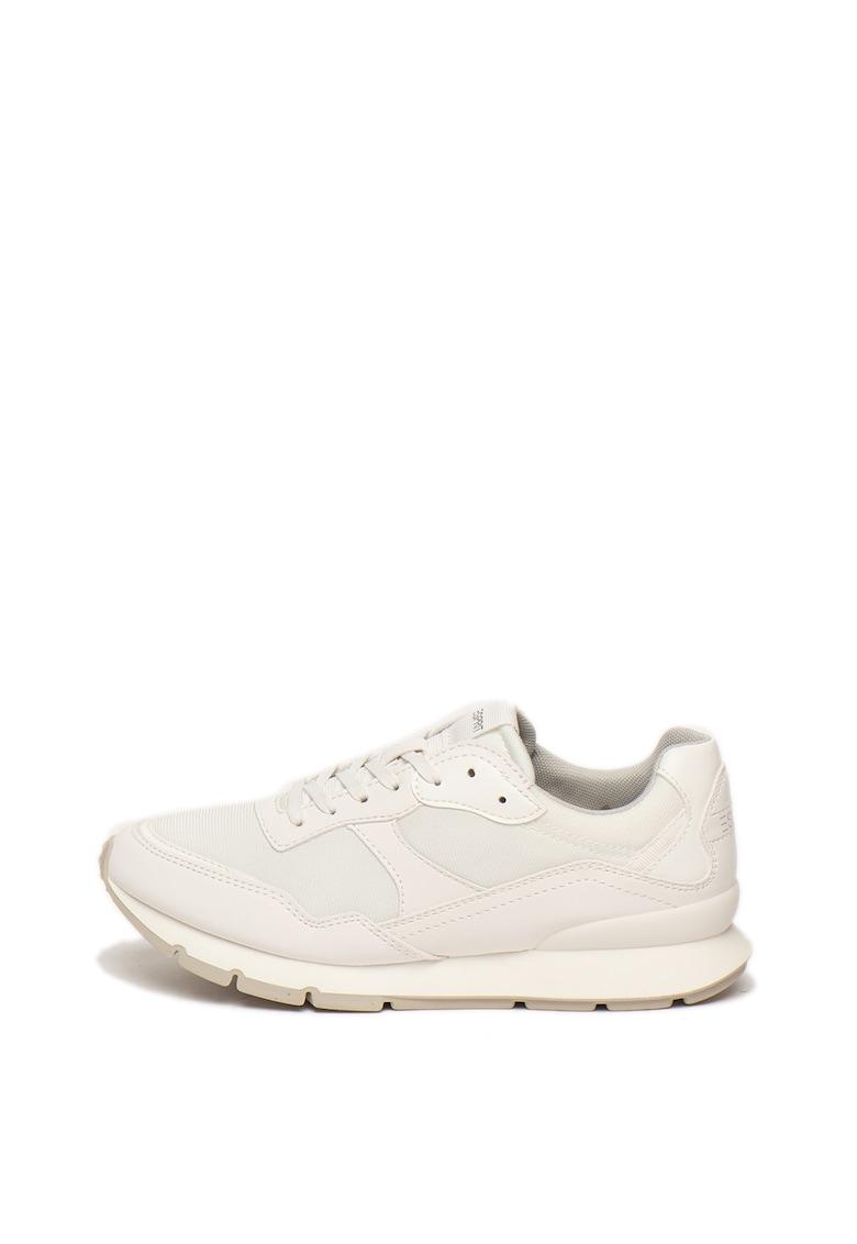 Pantofi sport cu insertii de plasa