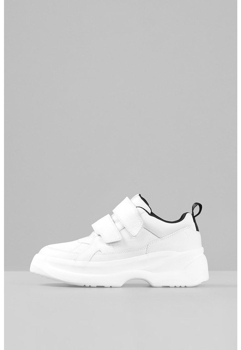 Pantofi sport cu velcro si aspect masiv imagine