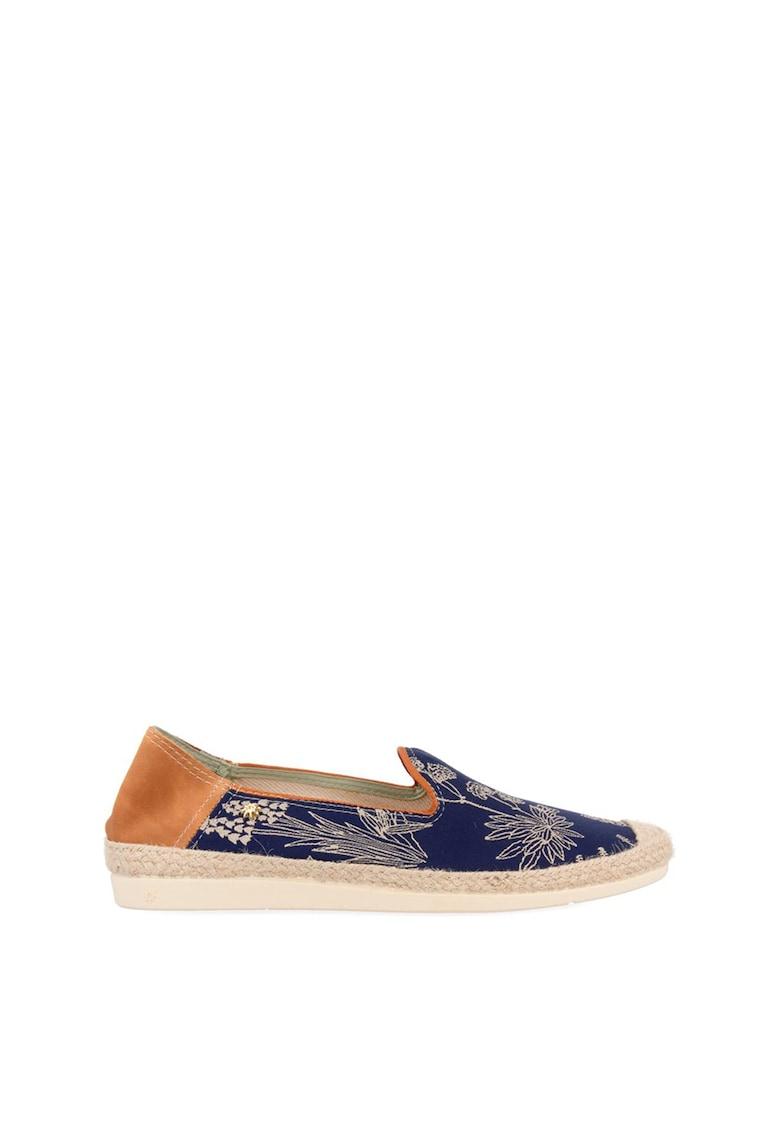 Pantofi loafer cu model floral imagine
