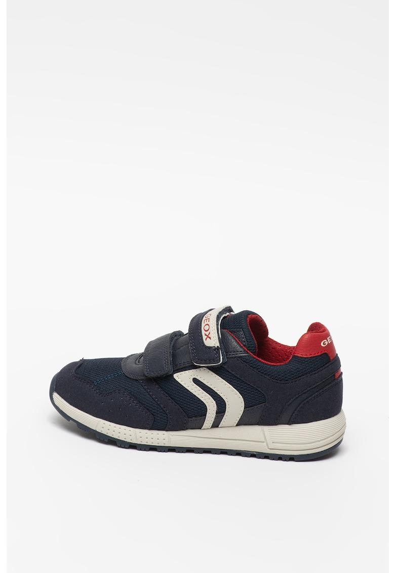 Pantofi sport de piele ecologica - cu garnituri de plasa Alben