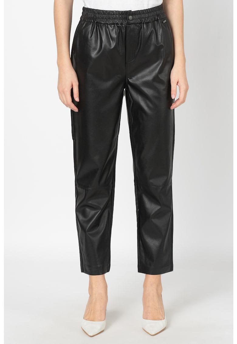 Pantaloni din piele ecologica Moira