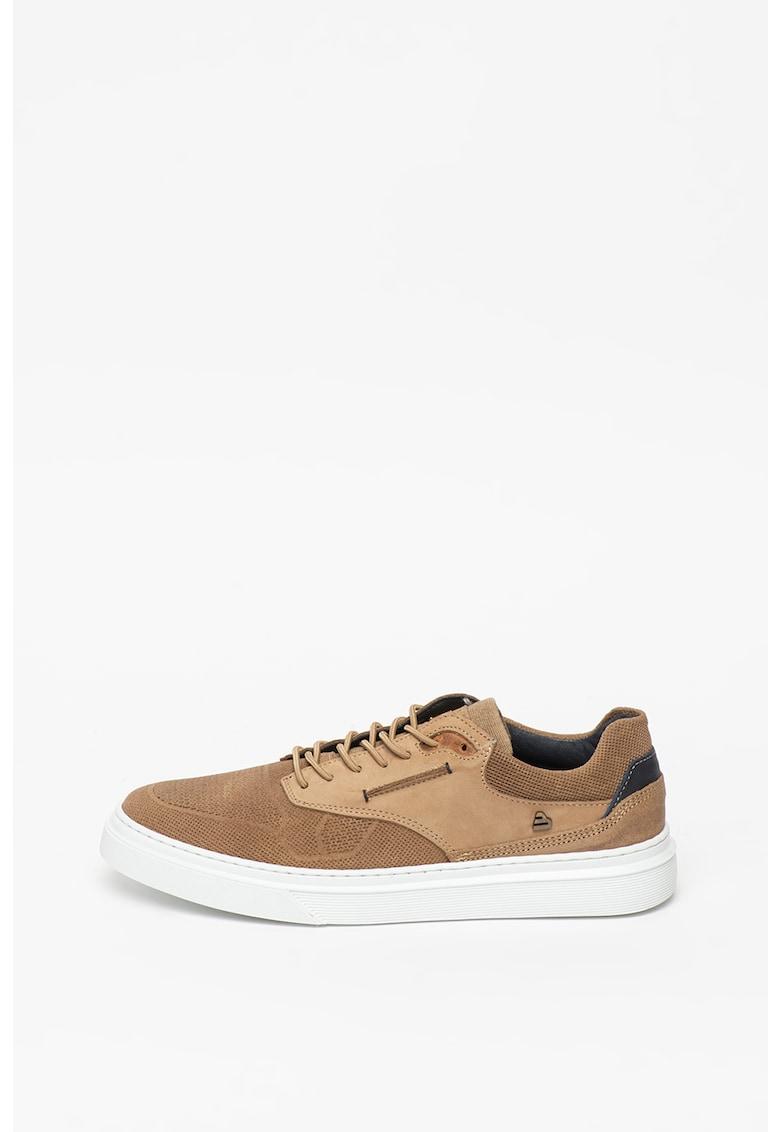 Pantofi casual cu perforatii