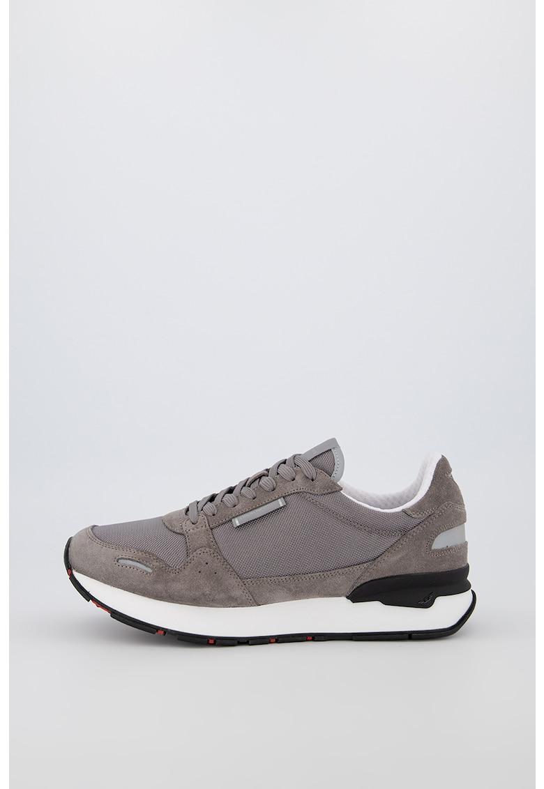 Pantofi sport din plasa cu garnituri de piele nabuc Air Max Ivo 2