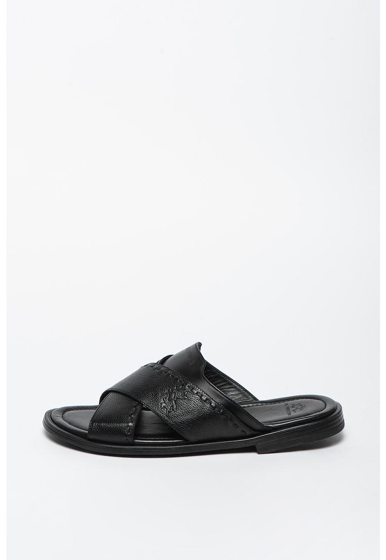 Papuci din piele