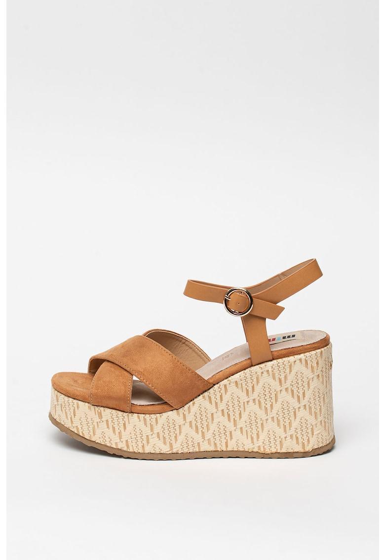 Sandale wedge de piele intoarsa ecologica cu barete incrucisate fashiondays.ro