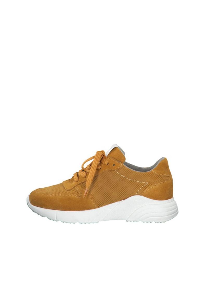 Pantofi sport cu perforatii
