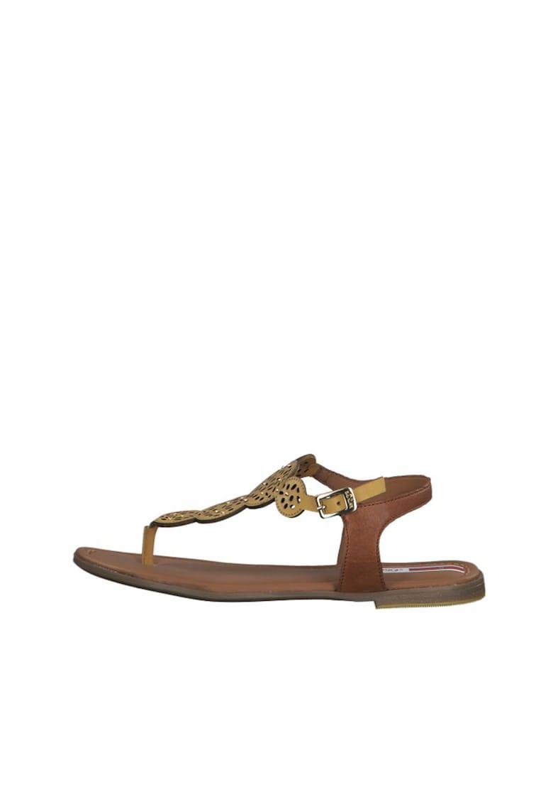 Sandale de piele cu bareta separatoare imagine fashiondays.ro