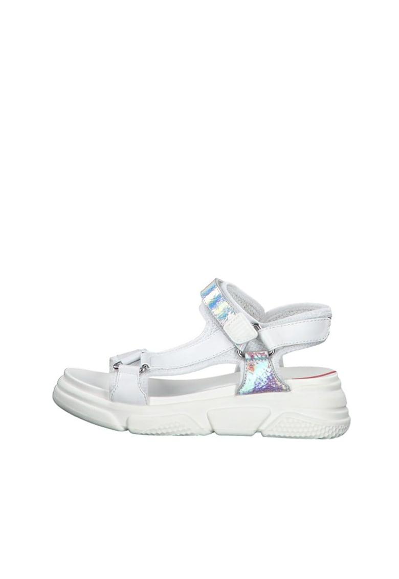 Sandale wedge de piele ecologica - cu aspect cu irizatii poza fashiondays