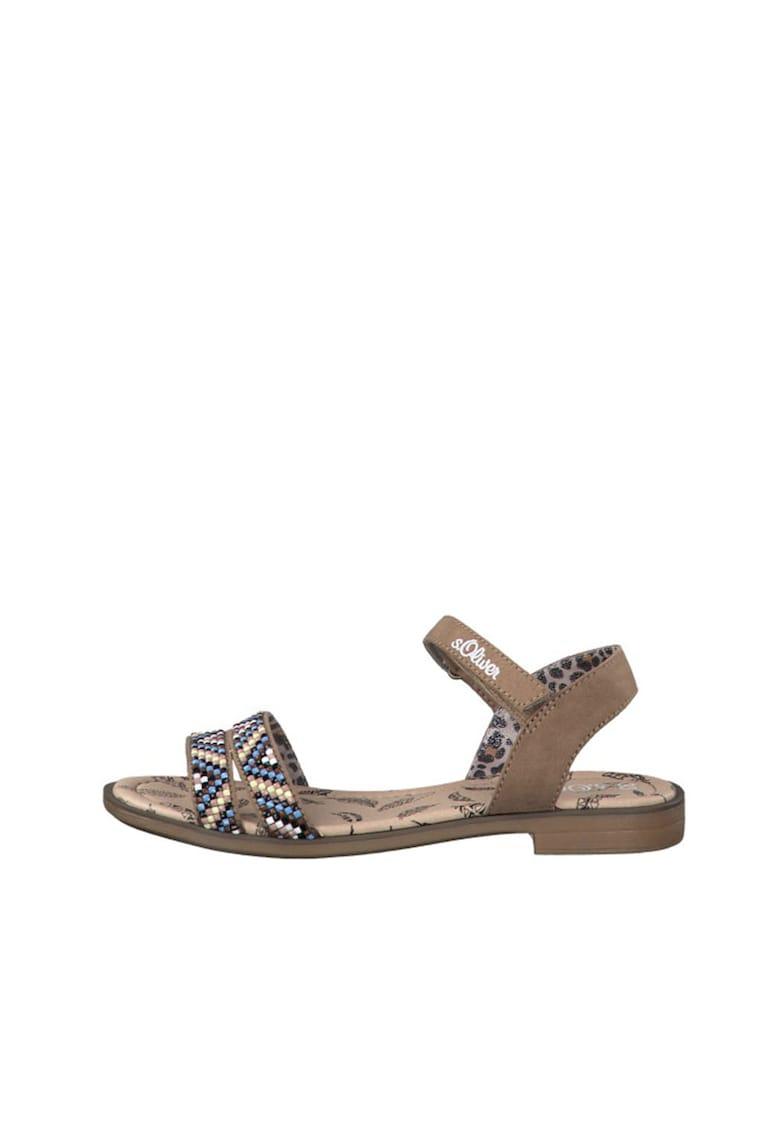 Sandale cu talpa plata si detalii etnice
