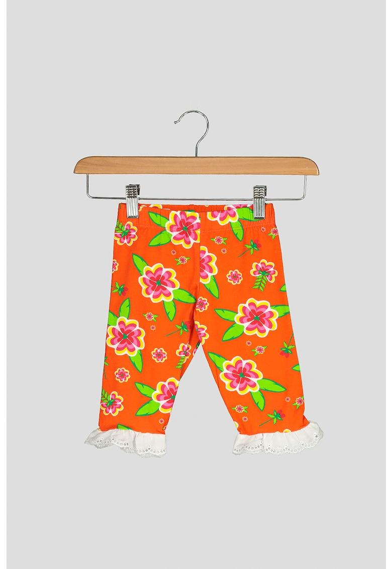 Pantaloni cu terminatii cu volane Bahia imagine fashiondays.ro 2021