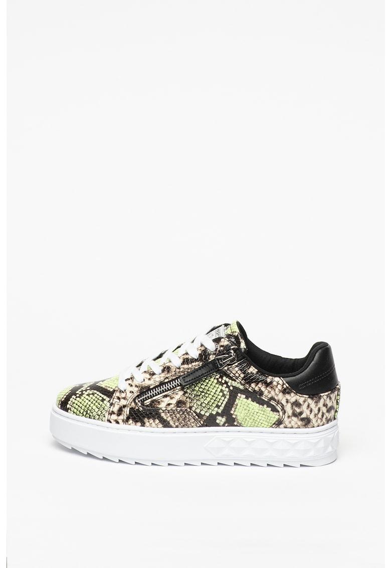 Pantofi sport de piele ecologica - cu talpa striata