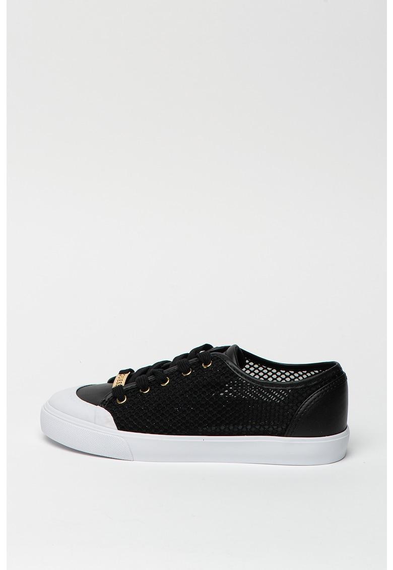 Pantofi sport din plasa si piele ecologica cu varf intarit