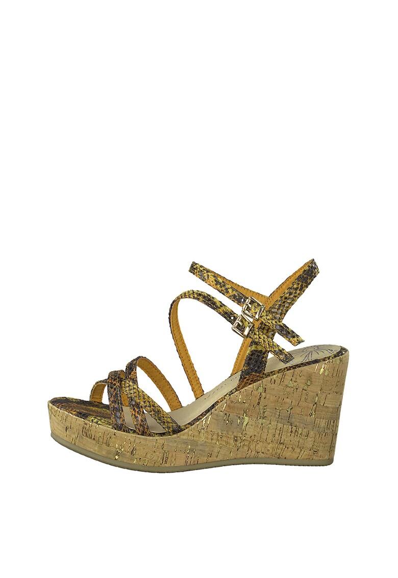 Sandale cu talpa wedge si aspect de piele de sarpe