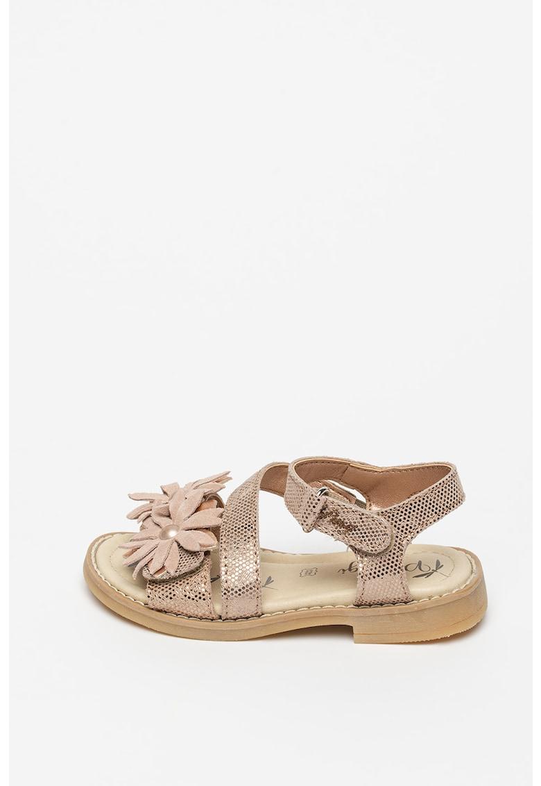 Sandale de piele cu aplicatii florale