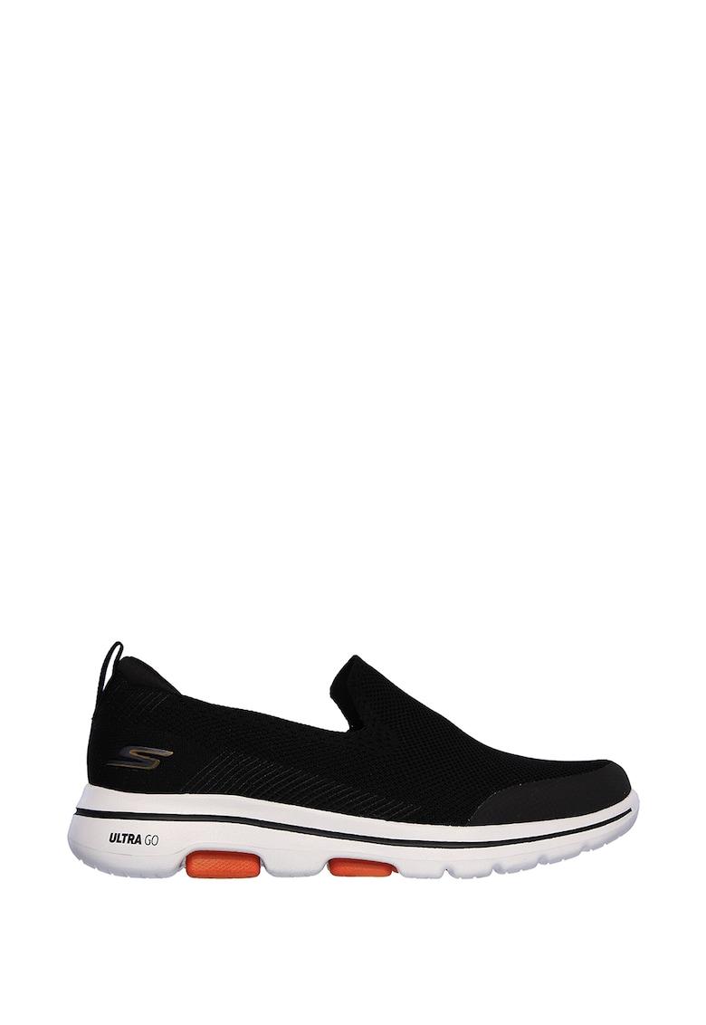 Pantofi sport slip-on GOwalk 5™ Prized