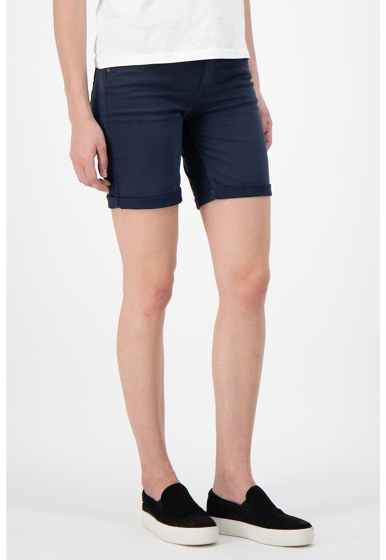 Pantaloni scurti slim fit - cu terminatii pliabile imagine fashiondays.ro